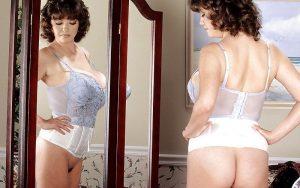 Diane Poppos, geile Griekse mature babe met grote tieten