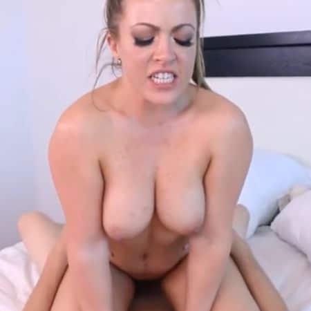 Alle pornovideos, stiefdochter op de foto